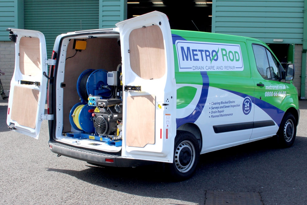 Metro Rod vehicle with Andy Guest 1 Series  Jetter